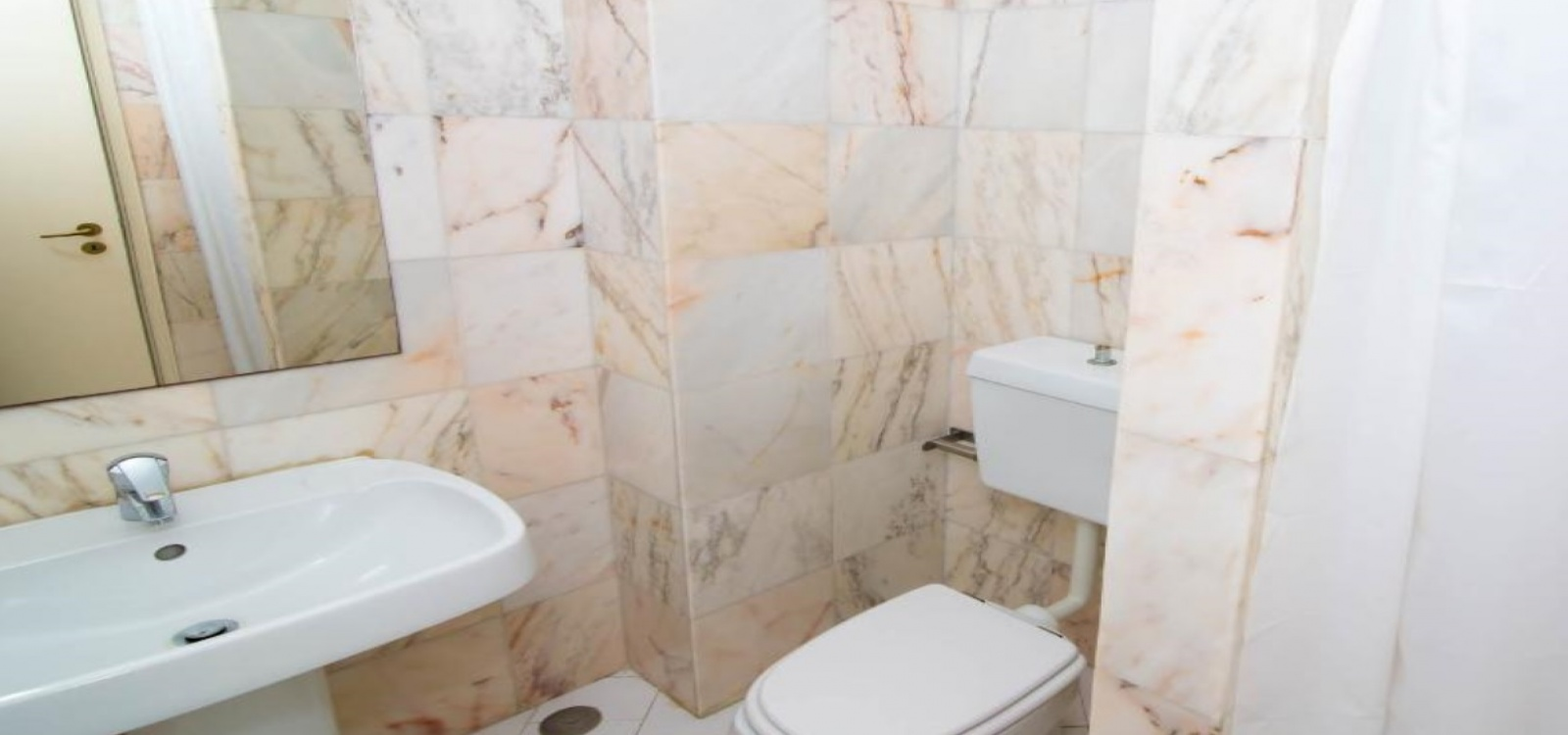 2 Bedrooms, Apartment, Vacation Rental, First Floor, 2 Bathrooms, Listing ID 1012, Albufeira, Portugal,